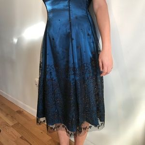 Adrianna Papell Blue Sequined Gown Sz 6